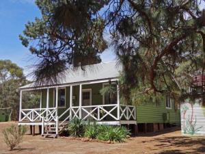 Marri Cottage_lge