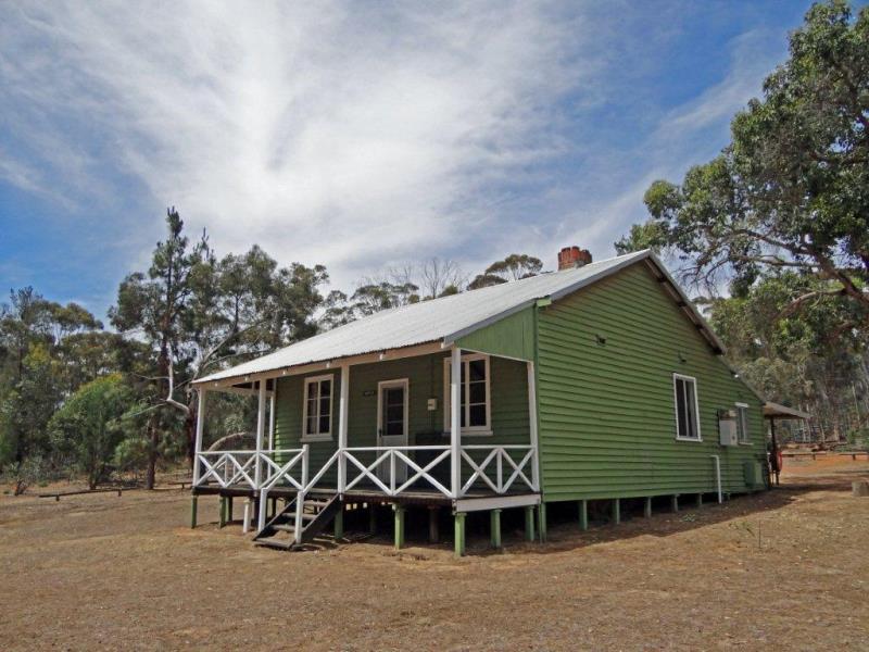 Wattle Cottage_800pxw